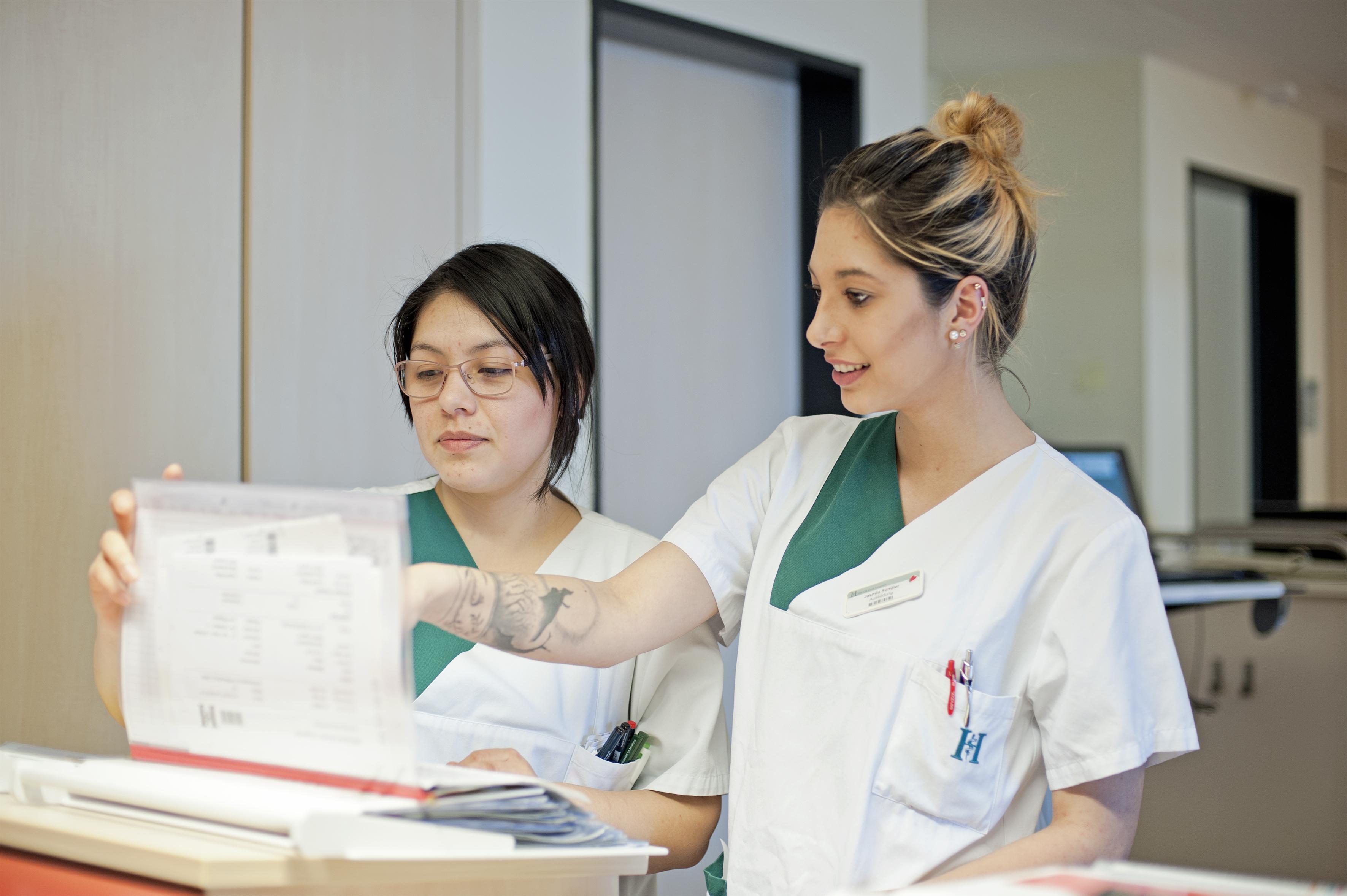 Erfreut Neonatale Krankenschwester Wieder Aufnehmen Zeitgenössisch ...