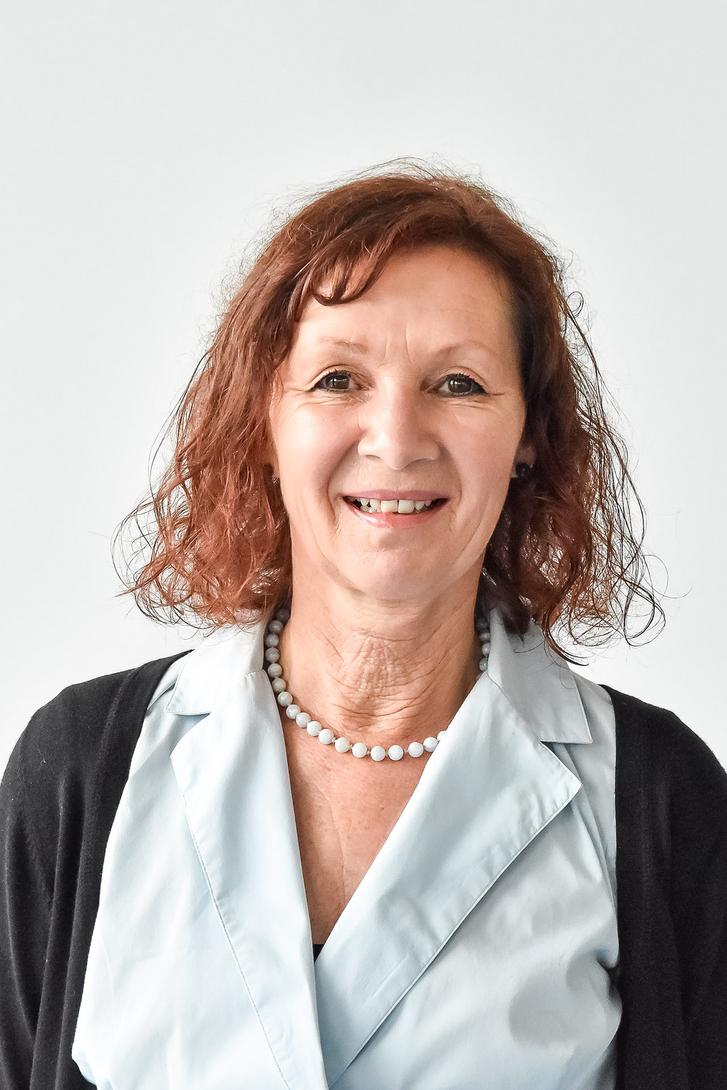 Christine Bauer christine bauer
