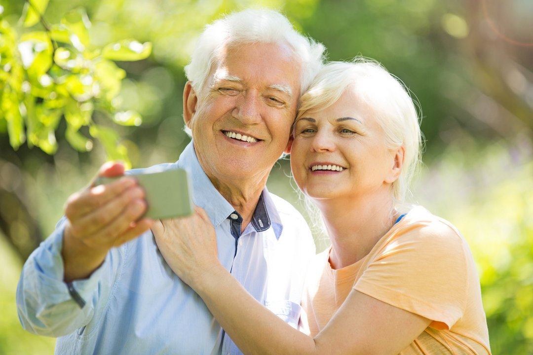 50's Plus Senior Online Dating Sites In Canada
