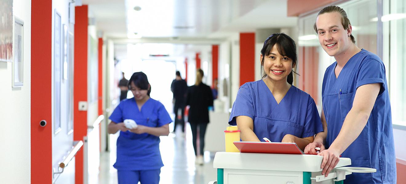Hat Weight Watcher während der Krankenpflege Arbeit